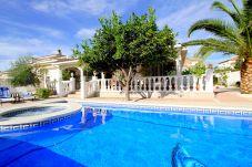 Villa en Miami Playa - LEMON Villa con piscina, jacuzzi y Wifi...