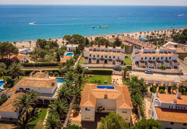 Villa en Miami Playa - ROSA CRISTAL Villa con piscina BBQ, Wifi gratis