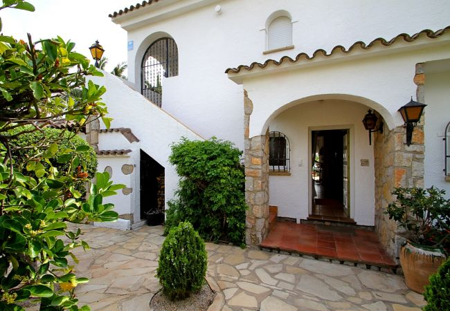 Villa en Miami Playa - VISTA Villa con piscina, vista al mar, Wifi gratis