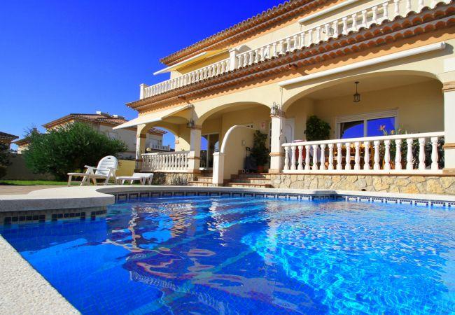Casa en Miami Playa - C04 FORTUNY1 adosado con piscina,  jardín y wifi