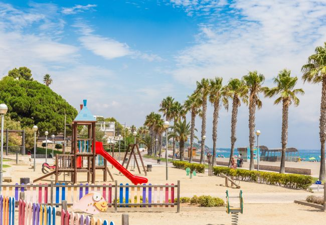 Casa adosada en Miami Playa - BOSQUE19 adosado con jardín BBQ y piscina comun