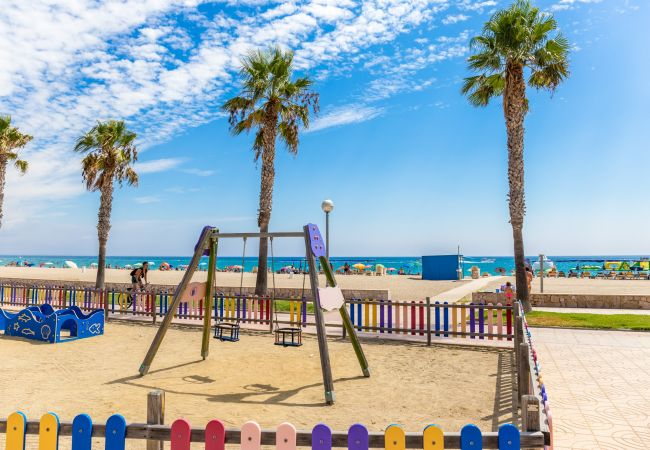 Apartamento en Miami Playa - FLAM213 1ª linea playa, piscina, Wifi gratis