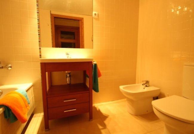 Apartamento en Hospitalet de L´Infant - OLIVERAS IVB Apartamento, piscina, Wifi gratis