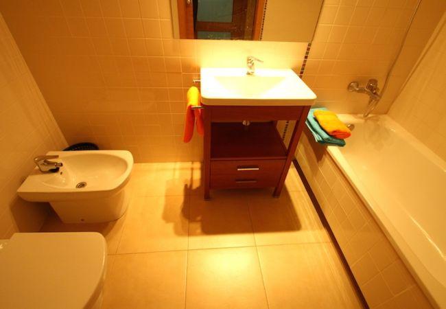 Apartamento en Hospitalet de L´Infant - OLIVERAS IVC Apartamento, piscina, Wifi gratis