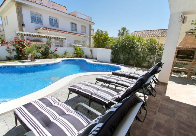 Villa en Miami Playa - GALLO Gran villa en playa, piscina y wifi gratis