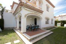 Casa adosada en Miami Playa - BOSQUE24 adosado jardín privado y piscina