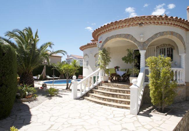 Villa en Miami Playa - ZAFIRO Villa piscina privada, jardín, Wifi gratis