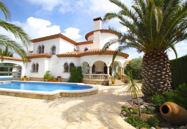 Villa en Miami Playa - B40 GRANADA villa con grán jardín y grán barbacoa