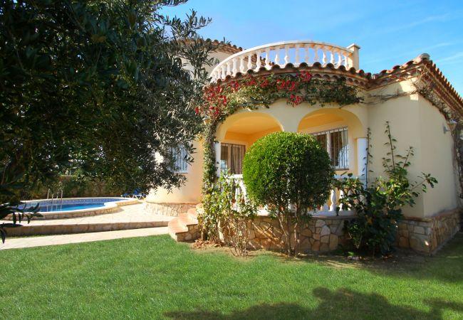 Villa en Miami Playa - COSTA Villa piscina, jardín, BBQ, Wifi gratis