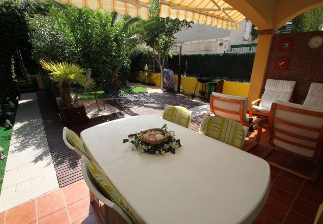 Casa en Miami Playa - NELA adosado jardín privado barbacoa y piscina