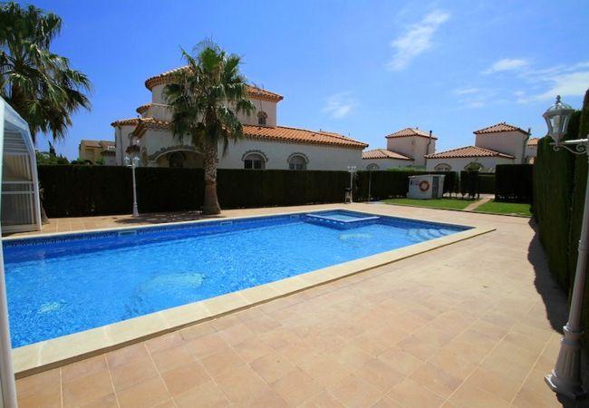 Casa en Miami Playa - C38 COSTA RICA casa individual, piscina y wi-fi