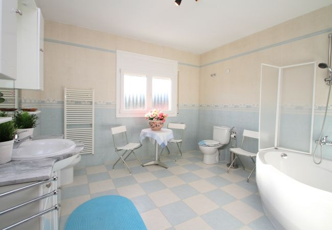 Villa en Miami Playa - B12 DUBI villa piscina privada y jardín