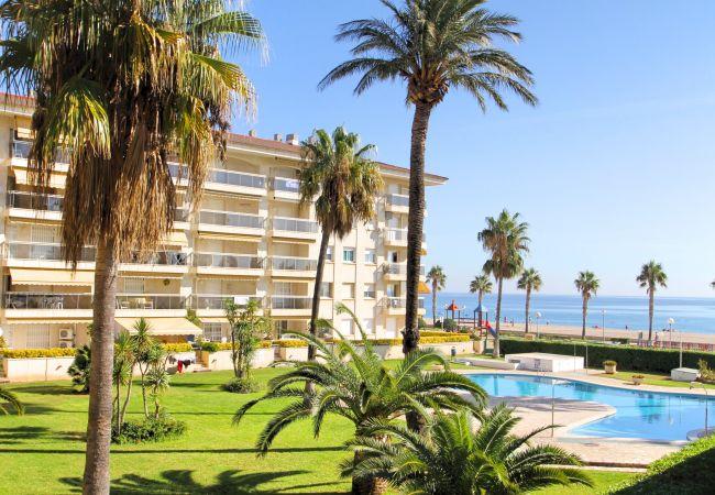 Apartamento en Miami Playa - FLAM401 1ª linea de playa, piscina, Wifi gratis