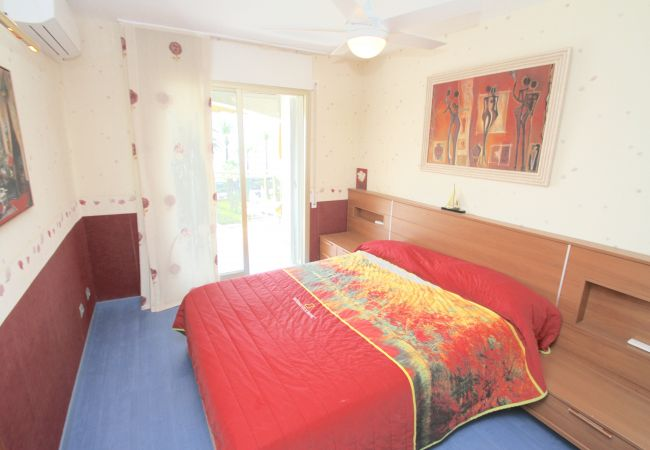 Apartamento en Miami Playa - A18 FLAM507 piso primera linea del mar