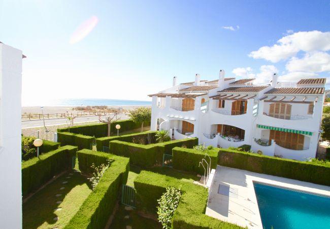 Casa en Hospitalet de L´Infant - ARENAL adosado 1ª línea del mar, piscina, jard