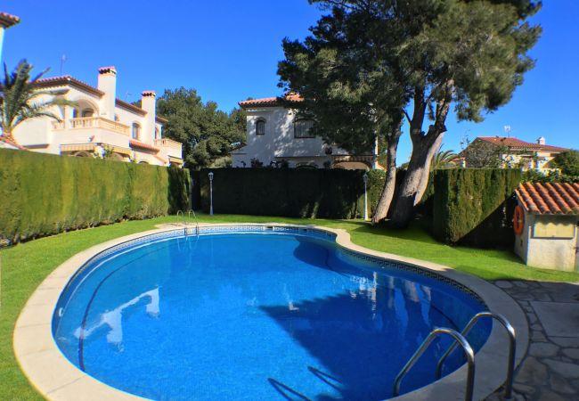 Casa en Miami Playa - RIOJA adosado con jardín, barbacoa y piscina