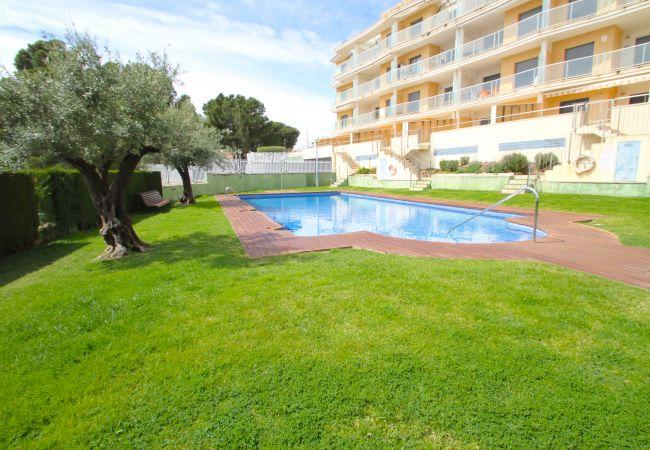 Apartamento en Hospitalet de L´Infant - PLAYA D'OR Ático con piscina, BBQ y vistas al mar