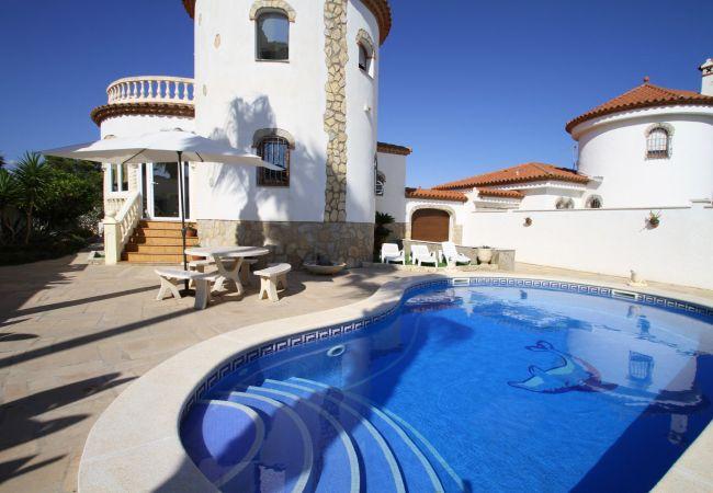 Villa en Miami Playa - ANDY Villa piscina privada y Barbacoa