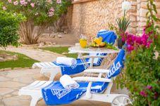 Villa en Miami Playa - SONYA Villa piscina privada y Barbacoa