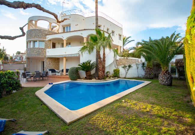 Villa en Miami Playa - GISELLE Gran villa piscina privada y WiFi gratis
