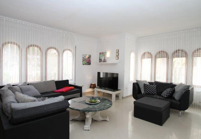 Villa in Miami Playa - VIENA gran villa con piscina privada