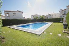 Townhouse in Miami Playa - MASIA1 adosado con jardín privado y piscina comun