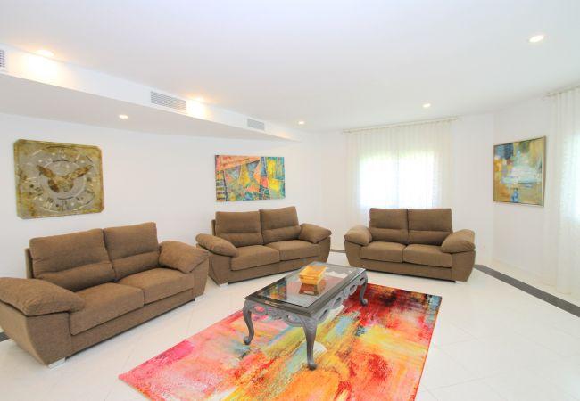 Villa in Miami Playa - ALAMO Gran villa piscina privada y WiFi gratis