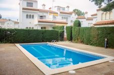 Townhouse in Miami Playa - BEDOL6 Adosado jardín, piscina comun, WiFi gratis