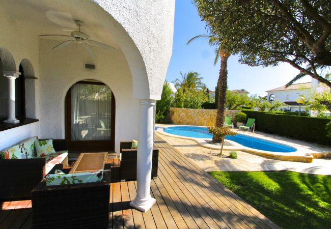 Villa à Miami Playa - SULA villa con piscina privada cerca del mar