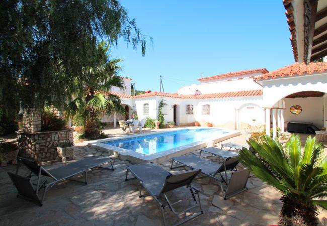 Villa à Miami Playa - VIENA gran villa con piscina privada