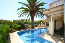 Villa à Miami Playa - MAGNA Villa piscina, cerca del mar, Wifi gratis