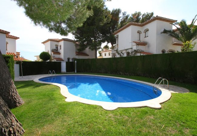 Maison à Miami Playa - RIOJA2 adosado con jardín, barbacoa y piscina