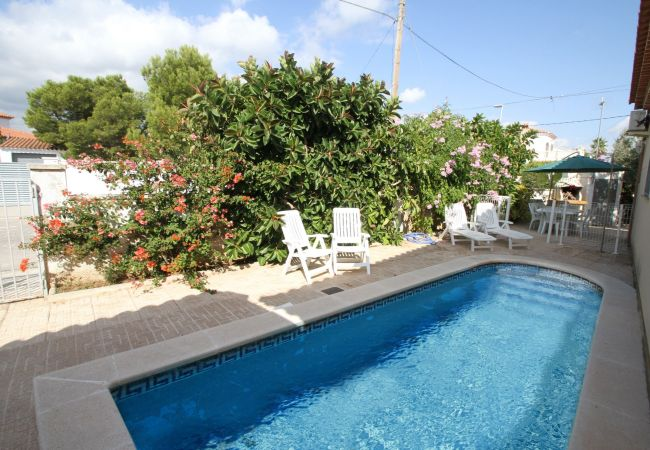 Villa à Miami Playa - B09 BERLIN villa adosada piscina privada y jardín