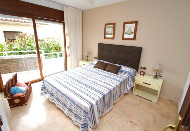 Villa à Hospitalet de L´Infant - FLAMINGO, Piscina privada, BBQ, Wifi gratis