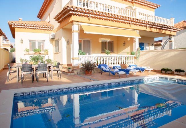Villa à Miami Playa - JAZMIN villa adosada con piscina privada Wi-Fi