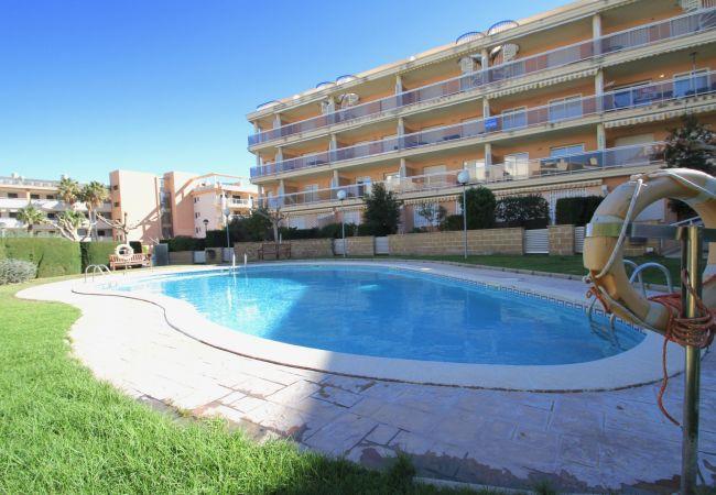 Appartement à Hospitalet de L´Infant - OLIVERAS 3I Bajo, piscina comintaria, Wifi gratis