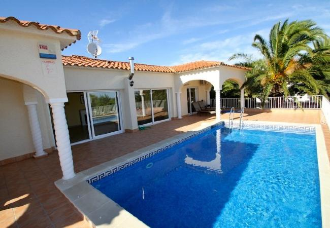 Villa in Miami Playa - B17 ROSA CRISTAL villa piscina privada grán jardín