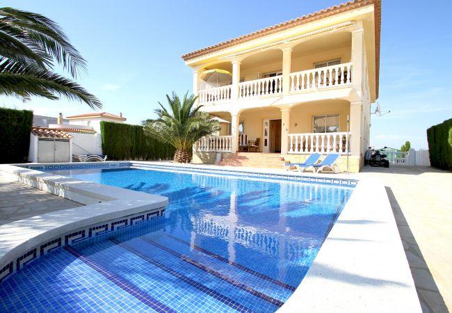 Villa in Miami Playa - B26 CORONA villa con piscina privada y jardín