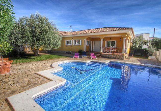 Villa in Miami Playa - B25 YELMO villa piscina privada, jardín, barbacoa