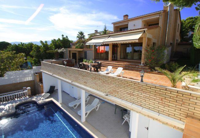 Villa in Miami Playa - B31 HANRI villa con piscina privada vistas al mar
