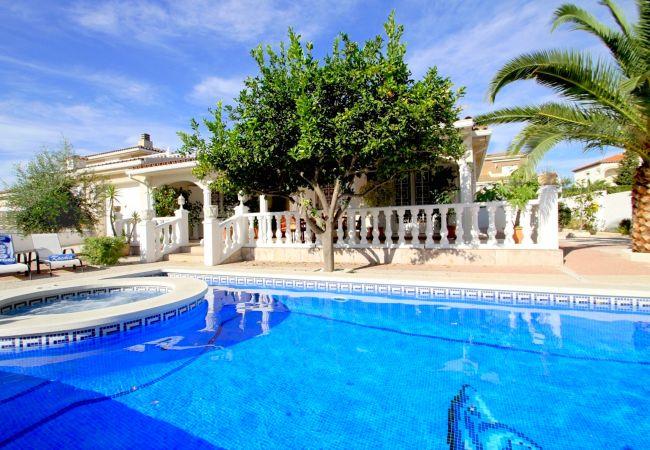 Вилла на Miami Playa - LEMON Villa con piscina, jacuzzi y Wifi gratis