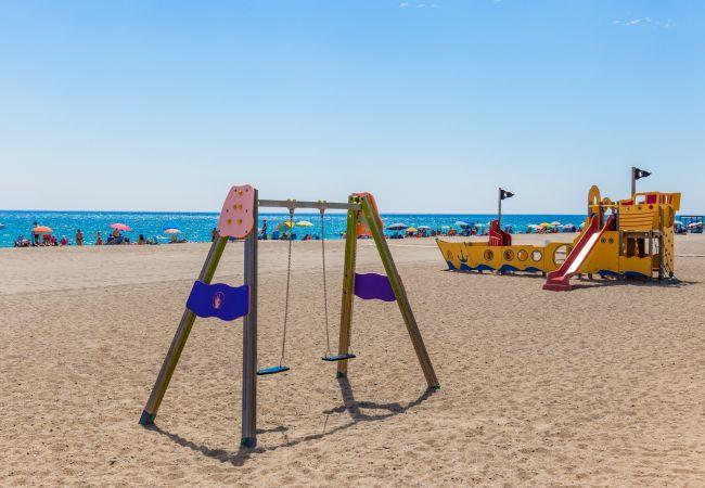 Вилла на Майами Плайя / Miami Playa - ISIDRO Villa piscina privada, barbacoa y a/a