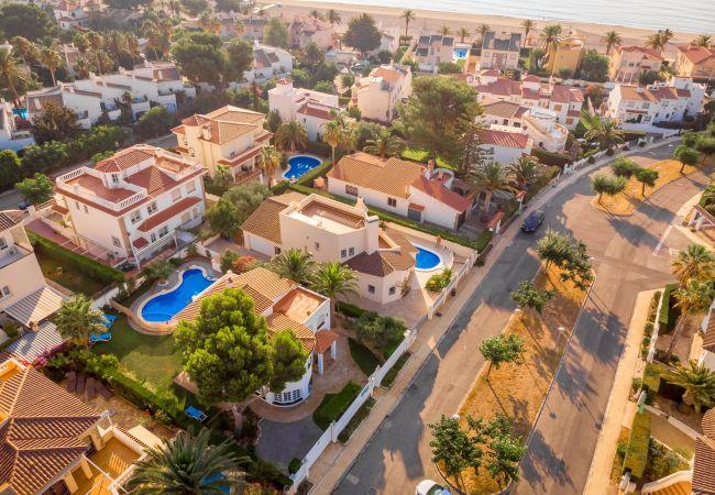 Вилла на Miami Playa - GALLO Gran villa en playa, piscina y wifi gratis