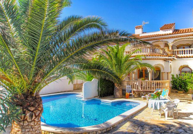 Дом на Miami Playa - MATEO adosado con piscina comun 100 metros del mar