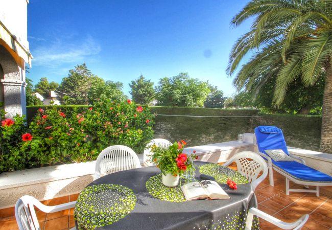 Дом на Майами Плайя / Miami Playa - PLAYA adosado frente al mar, jardín privado