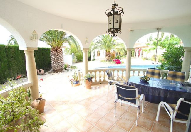Вилла на Майами Плайя / Miami Playa - GRANADA Villa piscina, jardín, BBQ, Wifi gratis