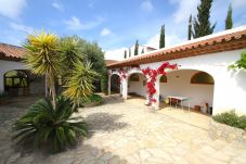 Вилла на Миами Плайя - GRANADA Villa piscina, jardín, BBQ, Wifi gratis