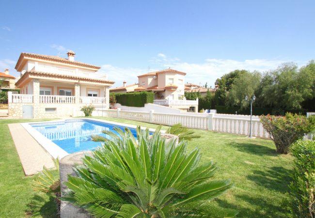Вилла на Hospitalet de L´Infant - MONTSE Villa de lujo, piscina privada, Wifi gratis